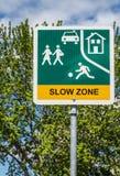 Sinal de tráfego lento da zona Imagens de Stock Royalty Free