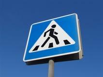 Sinal do cruzamento de pedestres Foto de Stock