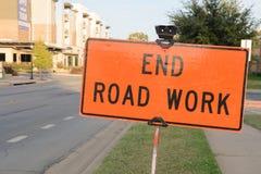 Sinal do cuidado, trabalho de estrada da extremidade Imagem de Stock