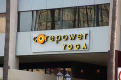 Sinal do estúdio da ioga de CorePower no bulevar de Hollywood Fotos de Stock Royalty Free