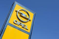 Sinal do negócio de Opel imagens de stock