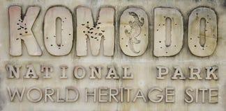 Sinal do parque nacional da ilha de Komodo Foto de Stock Royalty Free