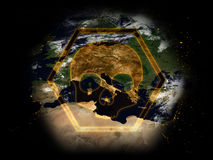 Sinal do perigo: Terra no perigo Fotos de Stock Royalty Free