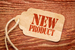 Sinal do produto novo em um preço Foto de Stock Royalty Free