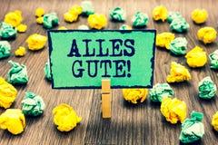 Sinal do texto que mostra Alles Gute Tradução alemão da foto conceptual todo o melhor para o aniversário ou algum pregador de rou fotos de stock