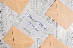 Sinal do texto que mostra a empresa de pequeno porte s?bado Feriado de compra americano da foto conceptual guardado durante o sáb imagens de stock