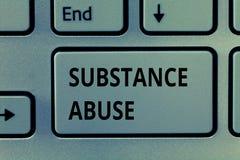Sinal do texto que mostra o abuso de substâncias Uso excessivo da foto conceptual de um álcool da substância especialmente ou de  imagem de stock royalty free