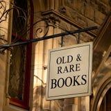 Sinal dos livros velhos & raros Fotos de Stock Royalty Free