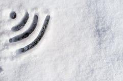 Sinal dos Wi Fi tirado na neve Fotografia de Stock Royalty Free