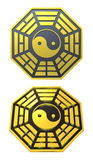 Sinal dourado do símbolo de Bagua Yin Yang Foto de Stock Royalty Free