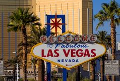Sinal famoso - boa vinda a Las Vegas - LAS VEGAS - NEVADA fabulosos - 12 de outubro de 2017 Imagens de Stock