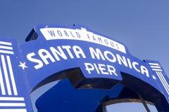 Sinal famoso do cais de Santa Monica Fotografia de Stock