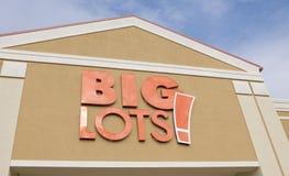 Sinal grande da loja dos lotes Fotografia de Stock