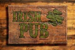 Sinal irlandês do bar Fotografia de Stock
