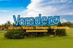 Sinal na entrada da praia de Varadero em Cuba fotos de stock
