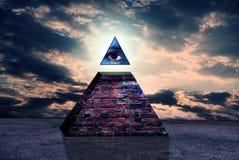 Sinal novo do ordem mundial do illuminati Fotos de Stock Royalty Free