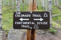 Sinal para a fuga de Colorado, Rocky Mountains, Colorado Imagem de Stock
