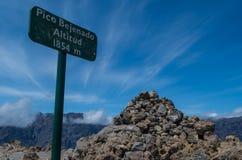 Sinal Pico Bejenado da cimeira no La Palma, Ilhas Canárias, Espanha Foto de Stock Royalty Free