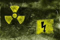 Sinal radioctive de deterioração Fotografia de Stock Royalty Free