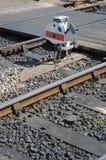 Sinal Railway pelo cruzamento pedestre Imagem de Stock Royalty Free
