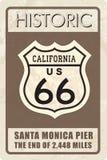 Sinal retro da rota 66 Bandeira histórica do roud Curso Califórnia, E.U. Fotografia de Stock