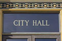 Sinal San Francisco CA da câmara municipal foto de stock royalty free