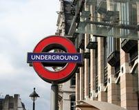 Sinal subterrâneo de Londres Fotografia de Stock Royalty Free