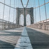 Sinal, tijolos, perto da ponte de Brooklyn fotografia de stock
