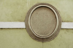Sinal vazio no muro de cimento imagens de stock