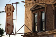 Sinal velho do hotel Imagem de Stock Royalty Free