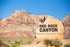 Sinal vermelho Nevada da garganta da rocha imagens de stock royalty free