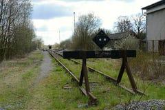 Sinande punkt för gammal järnväg, Tjeckien, Europa Royaltyfri Fotografi