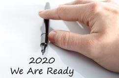 2020 sind wir bereites Textkonzept Stockbilder