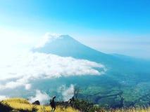 Sindoro山,印度尼西亚 库存照片
