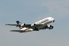 Singapore Airlines Airbus A380 take off Royalty Free Stock Photo