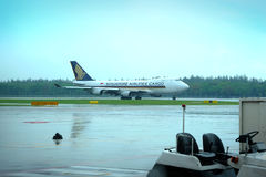 Singapore Airlines Airbus taking off at Changi airport Stock Photos