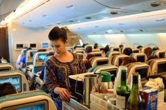 Singapore Airlines förser med besättning arkivfoto