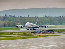 Singapore Airlines A380 on runaway Stock Photography