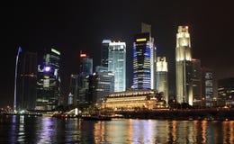 Singapore alla notte Fotografie Stock Libere da Diritti