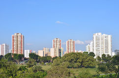 Singapore allmännyttan (HDB-lägenheter) i östliga Jurong Arkivfoto