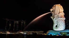Singapore - April 22, 2015: Iconische Merlion van Singapore bij stock foto's