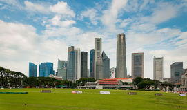6,2016 Singapore-AUGUSTI: Orizzonte della città di Singapore Fotografia Stock Libera da Diritti