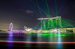 SINGAPORE -29 Augustus 2016: De mooiste laser toont in Marina Bay Front in Singapore Royalty-vrije Stock Afbeelding