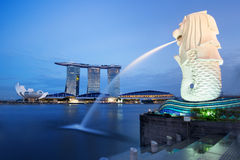 Singapore bay. And merlion statue at night stock photos