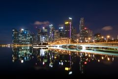 Singapore business district skyline in night at Marina Bay, Sing Stock Images