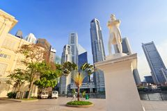 Sir Stamford Raffles - Singapore. Sir Stamford Raffles statue, Singapore City Royalty Free Stock Photography