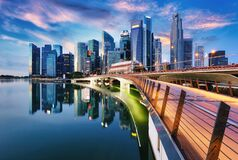 Free Singapore City Skyline At Sunset  With Bridge Royalty Free Stock Image - 172991146