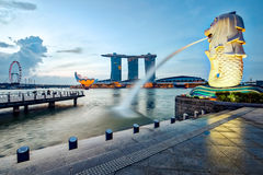 Singapore cityscape and the Merlion in the morning Royalty Free Stock Images