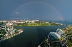 Singapore con l'arcobaleno Immagini Stock