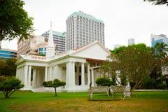 SINGAPORE - 31 DEC 2014: Härlig kolonial arkitektur och gummin Royaltyfria Bilder